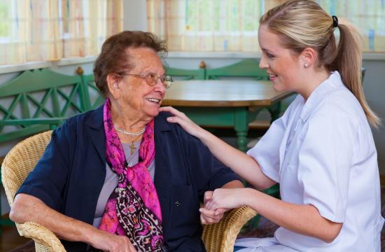 Plejehjemsbeboere får omsorg i stedet for medicin