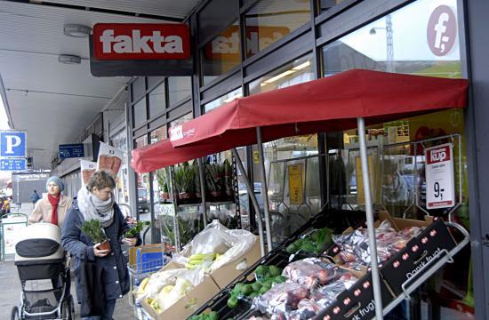 Butikskæde hæver prisen på varer op til jul