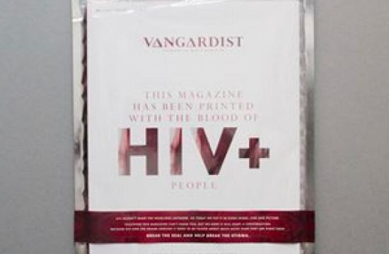 Mandemagasin trykt med HIV-inficeret blod