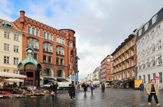 Tyrkisk kritik af skulptur i København