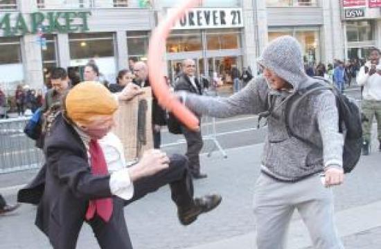 Ville du tæske denne gadekunstner?