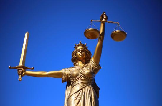 JUF.dk giver forbrugerne skarpe advokat og revisor priser